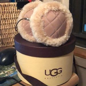 UGG Wired Earmuffs - beige - NEW NWOT